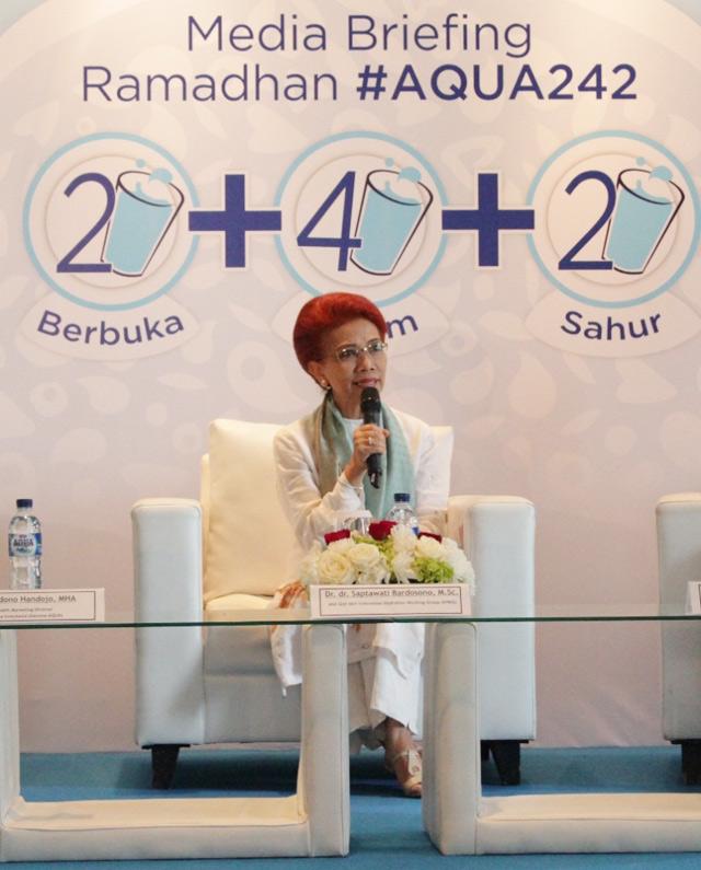 Minum Aqua 242 Aqua-242-4