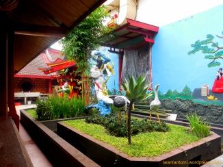 Courtyard Sisi Kiri