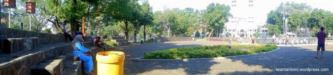 Panorama Alun-Alun Malang baru dengan konsep amphitheater berbeda