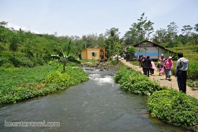 Sungai Sumber Maron