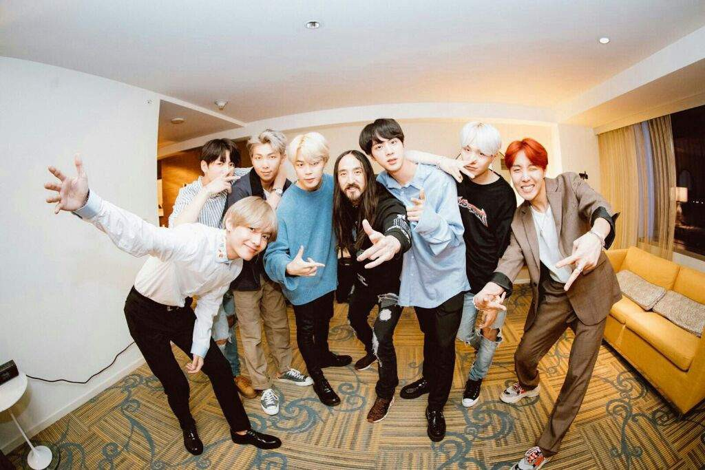BTS dan Steve Aoki © Big Hit Entertainment